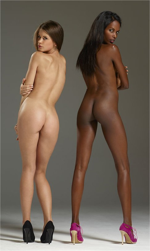 Nude Asses